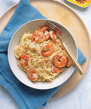 Easy Spicy Garlic Shrimp Pasta Recipe