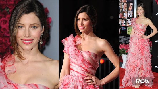 Jessica Biel in Flirty Oscar de la Renta at Valentine's Day Movie Premiere: CelebStyle 2010-02-10 23:04:37