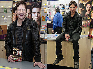Photos of Peter Facinelli at a New Moon DVD Signing Event