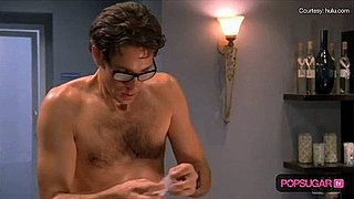 Zachary Levi Without a Shirt on Chuck Episode