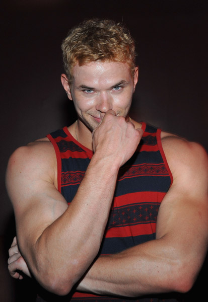 Photos of Kellan Lutz
