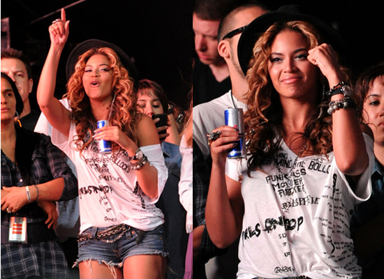 Photos of Beyonce Knowles Performing at Coachella Festival 2010