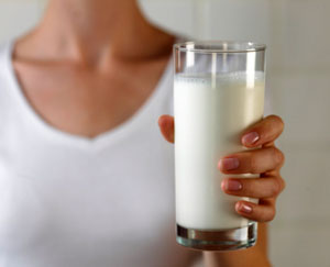 Milk Helps Build Muscle and Burn Fat After Strength Training