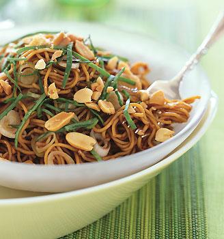 Sesame Noodles With Chopped Peanut Recipe