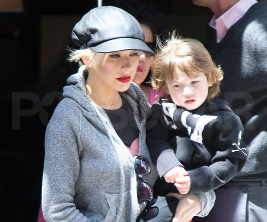 Slide Picture of Christina Aguilera and Max in New York