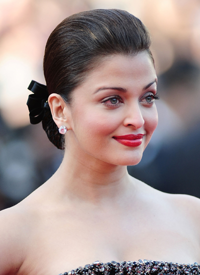 Aishwarya Rai Bachchan at the Premiere of On Tour