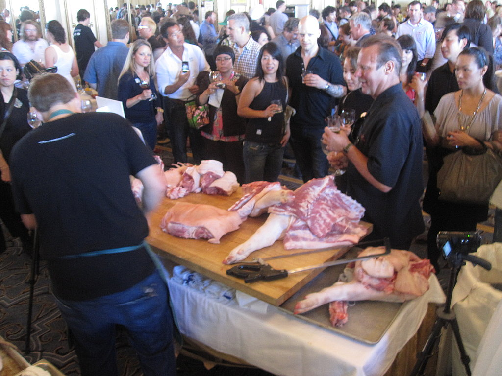 The butchering table from behind. You can see a crowd was surrounding during the entire demo.