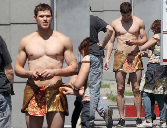 Twilight-Star Kellan Lutz luft gerne nackt herum