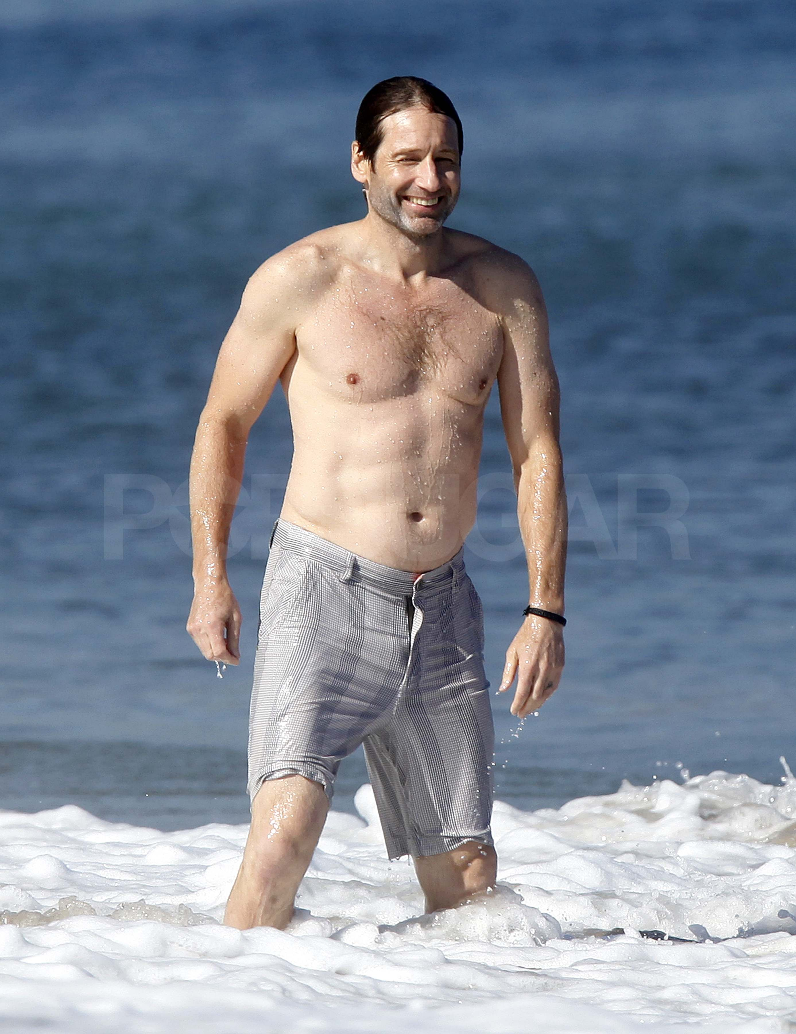 Pictures of David Duchovny Shirtless in Malibu With Téa Leoni ...