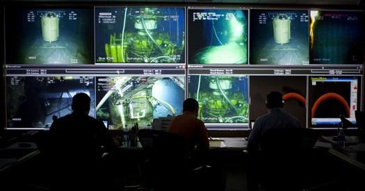 BP Photoshop of Oil Leak Command Center