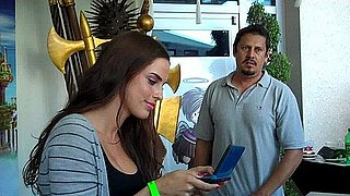 Extra Helpings: 90210's Jessica Lowndes at Comic-Con