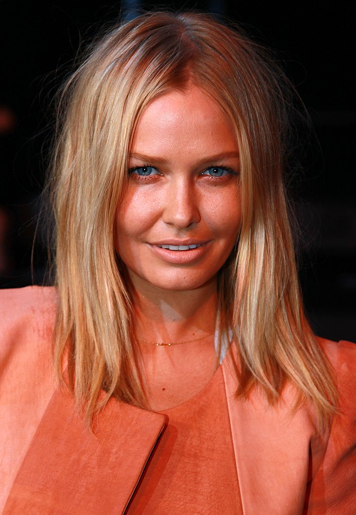 Lara Bingle signs with Elite Model Management in the US
