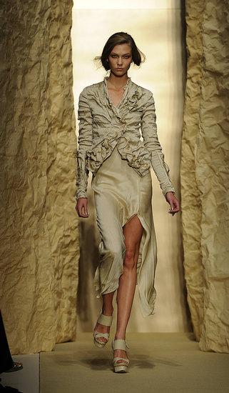 Spring 2011 New York Fashion Week: Donna Karan