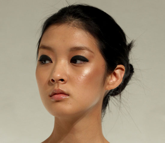 Rachel Roy Spring 2011 Beauty: Hair and Makeup