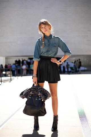 New York Fashion Week Street Style 2010-09-15 05:00:04