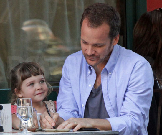 Slide Picture of Peter Sarsgaard and Ramona in New York