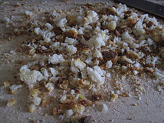 How to Make Breadcrumbs Without a Food Processor 2010-09-27 10:20:57
