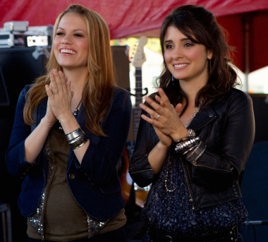 Life Unexpected and One Tree Hill Crossover Event Episode Photos