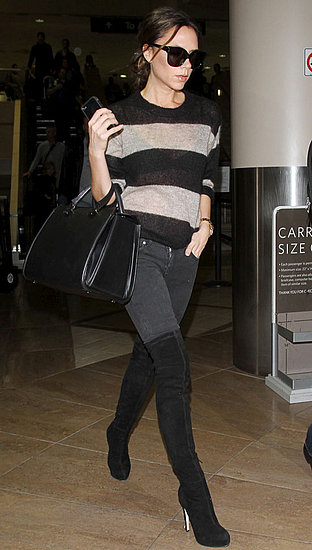 Pictures of Victoria Beckham at LAX 2010-11-19 15:30:00