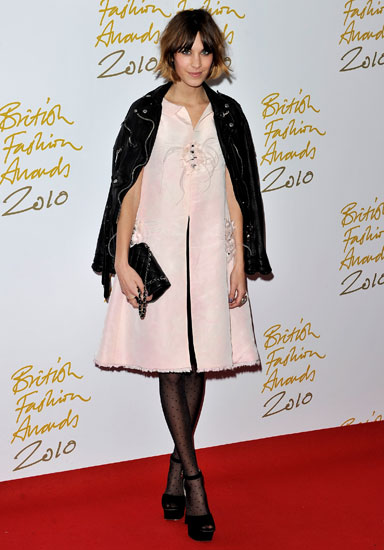 Opting for cute pink Chanel S/S '11 at the 2010 British Fashion Awards.