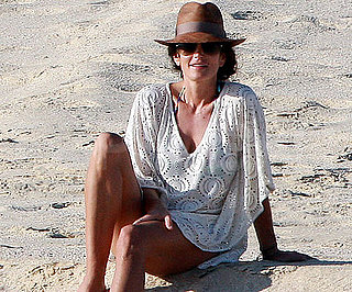 Slide Picture of Cindy Crawford in Cabo