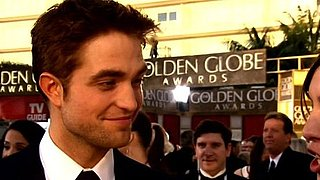 Video of Robert Pattinson on the Red Carpet at the 2011 Golden Globe Awards