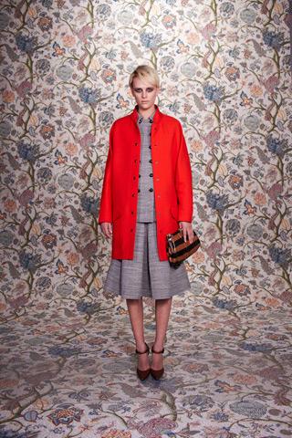 A Complete Look at the Balenciaga Pre-Fall 2011 Collection