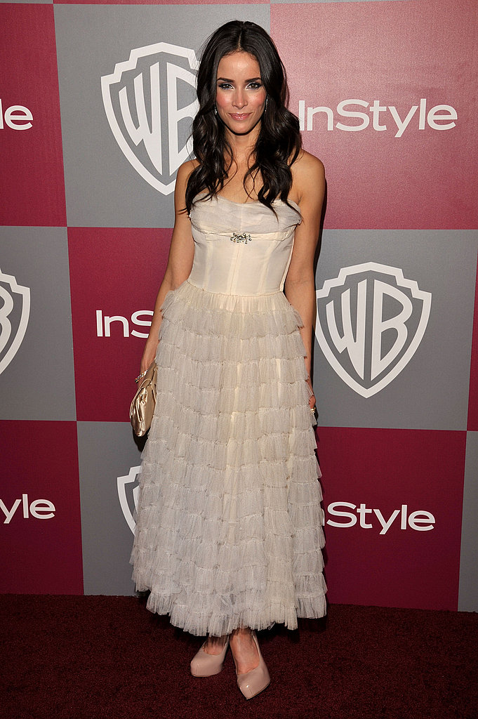 Abigail attended the InStyle/Warner Bros. Golden Globes afterparty in a pretty ruffled dress and YSL Trib Two Pumps.