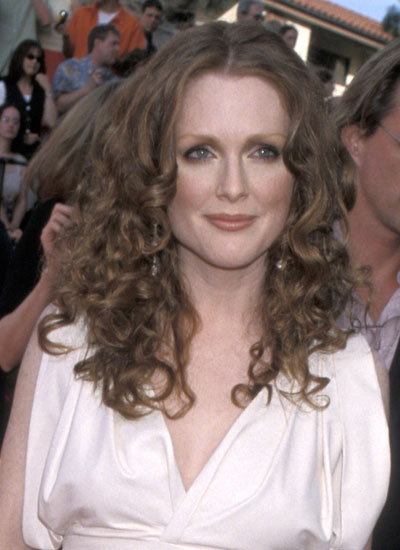2000: Julianne Moore