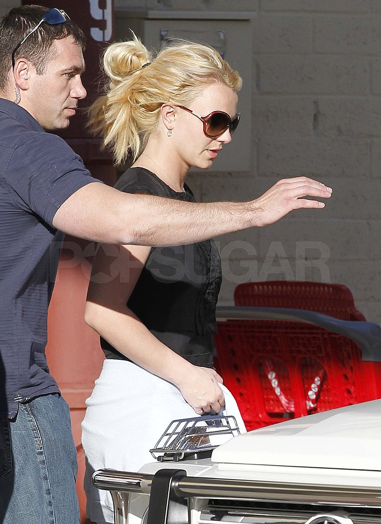 Britney Spears Steps Out as a Femme Fatale and Denies Dancing Body Double Rumors