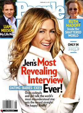 """Jennifer Aniston Thinks People Want to See Her """"Married and Barefoot and Pregnant"""" — Do You Agree?"""