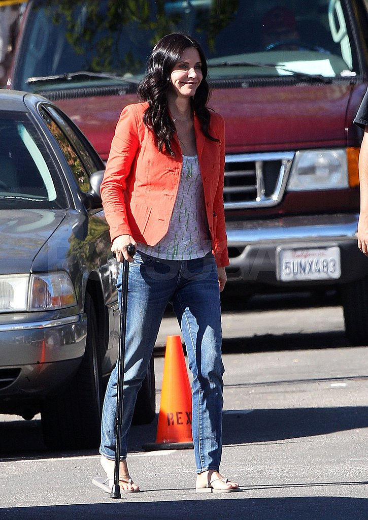 Courteney Cox Is All Smiles . . . Ahead of a Jennifer Cabo Beach Vacation?