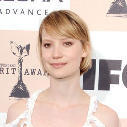 Mia Wasikowska in Dolce & Gabbana at the Independent Spirit Awards 2011