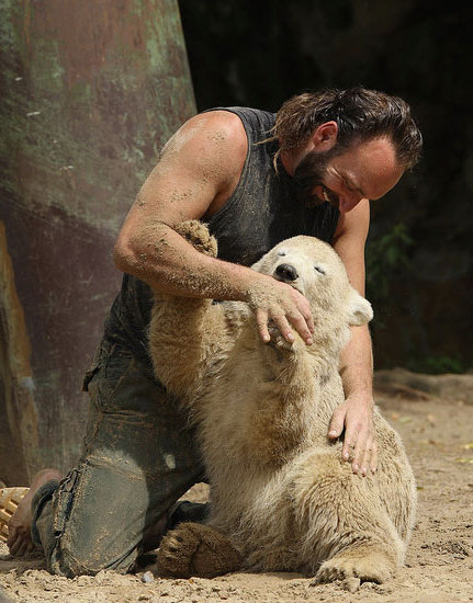 Knut and his caretaker Thomas Doerflein get in a little bonding time.