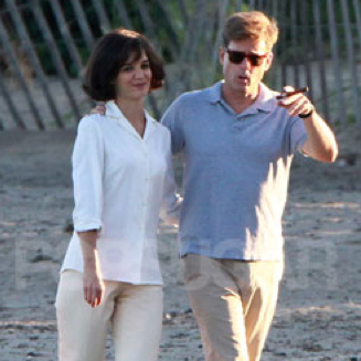 Katie Holmes and Greg Kinnear in The Kennedys
