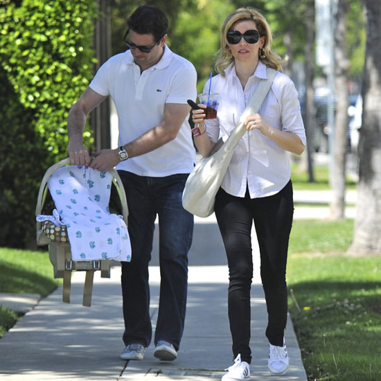 Pictures of Elizabeth Banks and Husband Max Handelman With New Baby