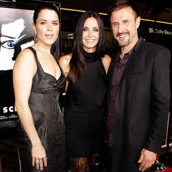 Courteney Cox and David Arquette Reunite at the Scream 4 Premiere Pictures