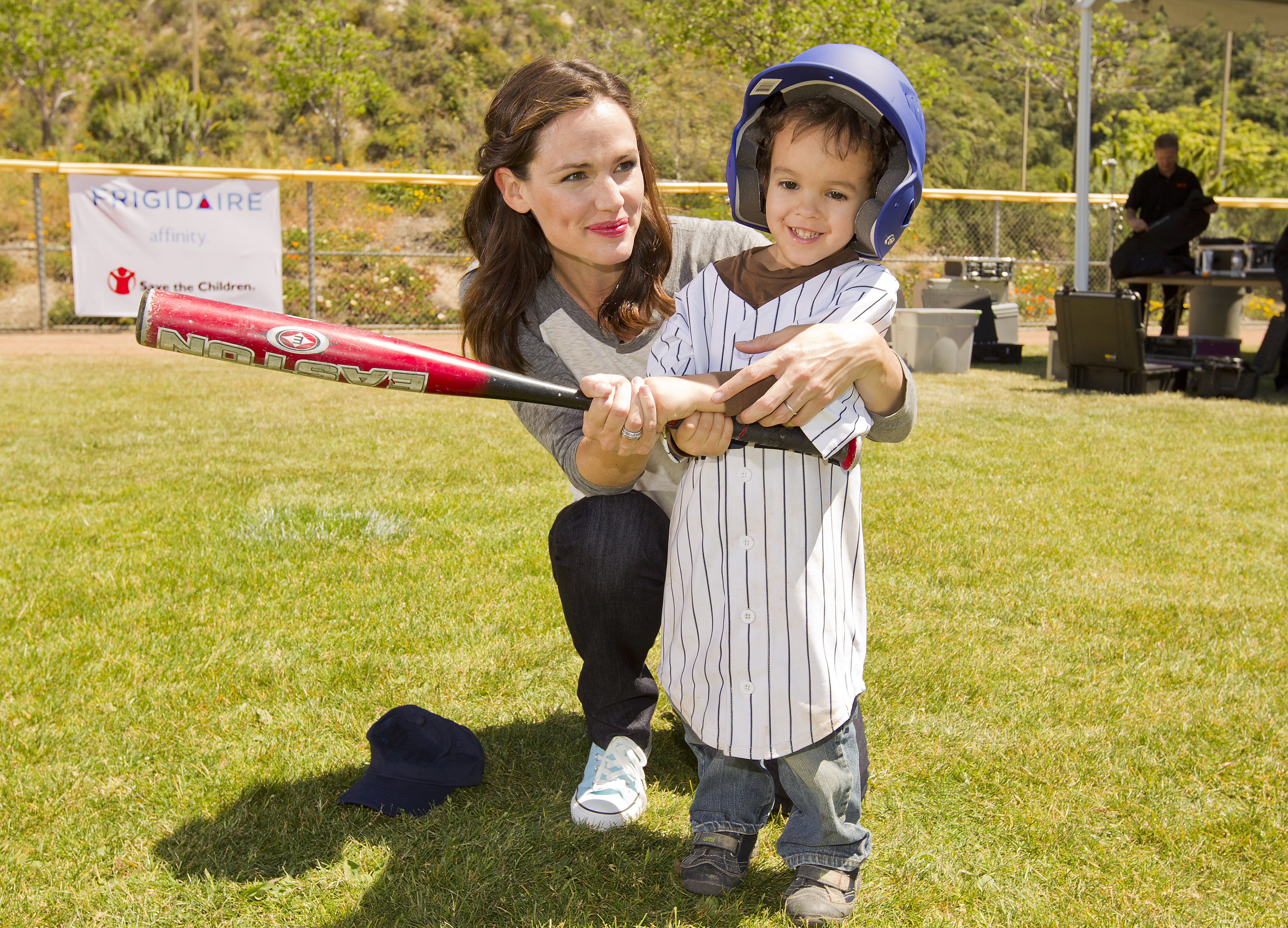 Jennifer Garner Takes the Field For Charity and Makes Royal Wedding Plans
