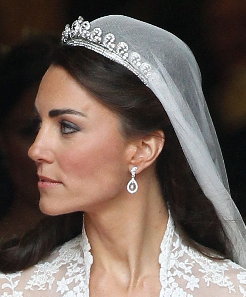 Kate Middleton Wedding Dress Style: Kate Middleton's Wedding Dress From Every View