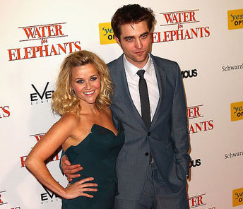 Video of Robert Pattinson and Reese Witherspoon on Sydney Water For Elephants Premiere Red Carpet