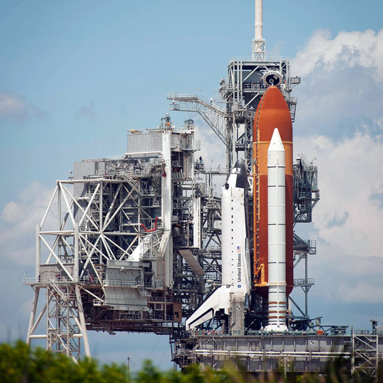 Pictures of NASA's Endeavour Space Shuttle Launch ...