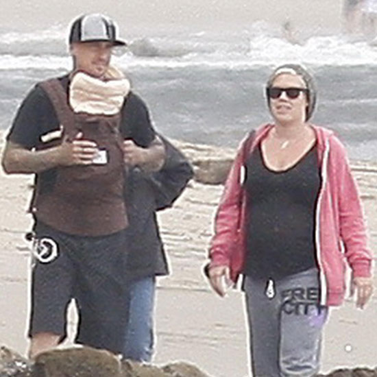 Pictures of Pink and Carey Hart With Baby Willow 2011-06-13 10:27:00