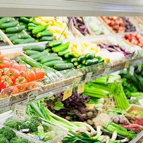 Supermarkets Losing Customers Both Young and Old