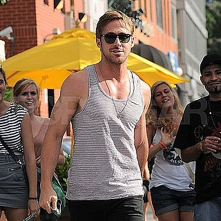 Ryan Gosling Pictures Eating Alone in NYC