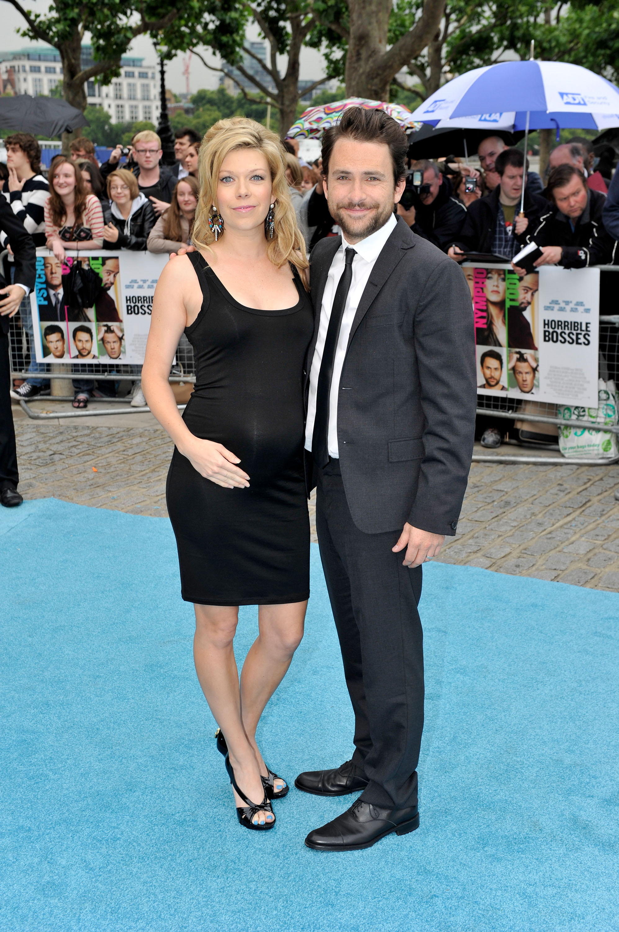 Pregnant Mary Elizabeth Ellis with husband Charlie Day.