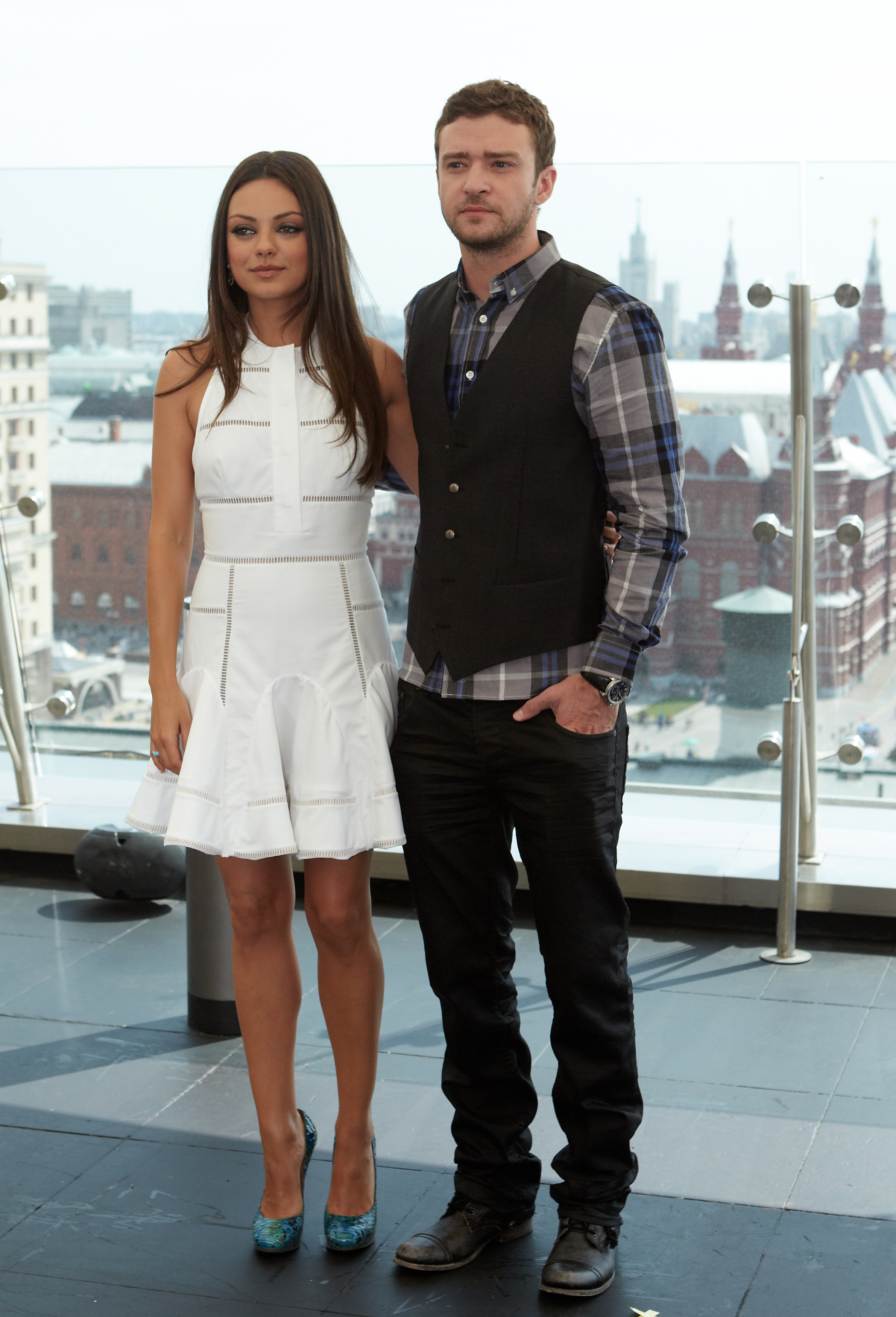 Justin Timberlake and Mila Kunis promote Friends With Benefits.
