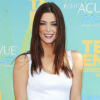 Twilight's Ashley Greene Arriving in Givenchy at the Teen Choice Awards Pictures