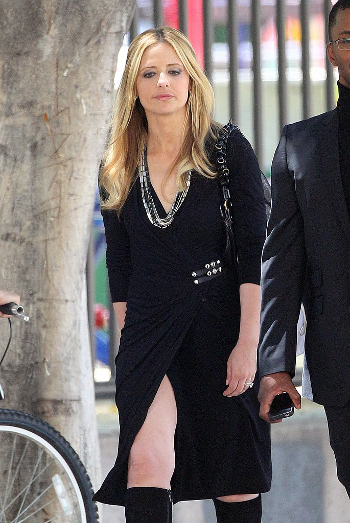 Sara Michelle Gellar revealed a flash of thigh.