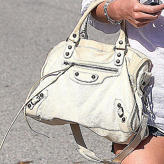 Celebrity Handbags Pictures: Designer Bags Toted By Stylish Celebrities