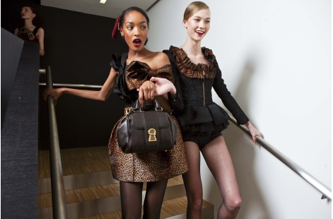 Jourdan and Karlie lent eachother a helping hand as they made their way down the stairs.